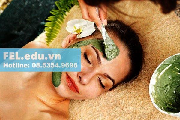 Tinh dầu hoa ngọc lan tây giúp chăm sóc da