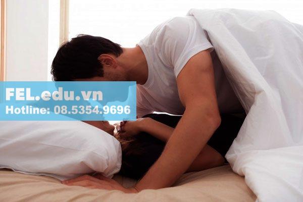 tinh dầu hoa ngọc lan tây giúp cải thiện quan hệ tình dục