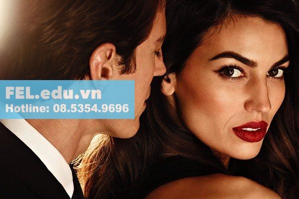 Tinh dầu nước hoa Dubai Ajmal phù hợp cho cả nam và nữ