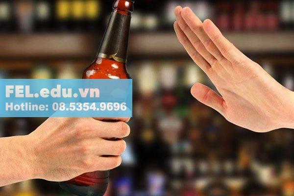 Không nên dùng rượu, bia, chất kích thích