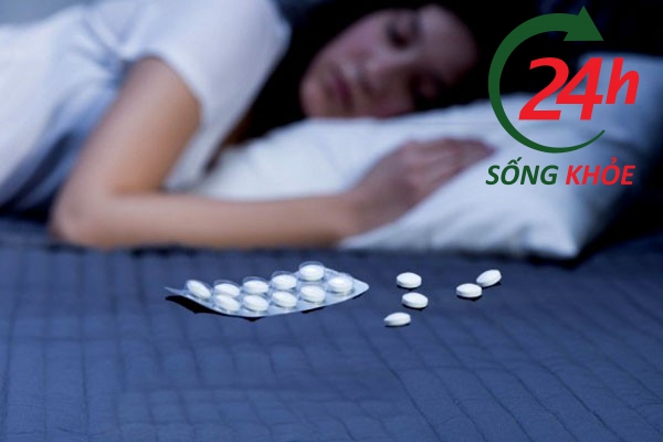 Uống thuốc ngủ tự sát - Uống bao nhiêu viên thuốc ngủ thì chết?