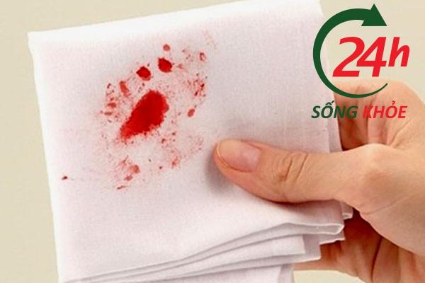 Đi ngoài ra máu là bệnh gì?
