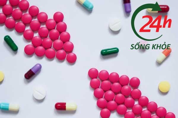 Dorithricin tương tác với thuốc và thức ăn như thế nào?