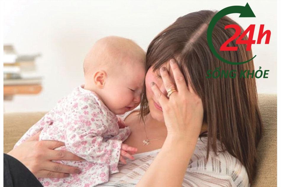 Hiện tượng rụng tóc sau sinh